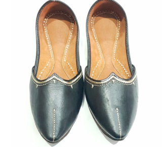 Leathers pointed jutti 371